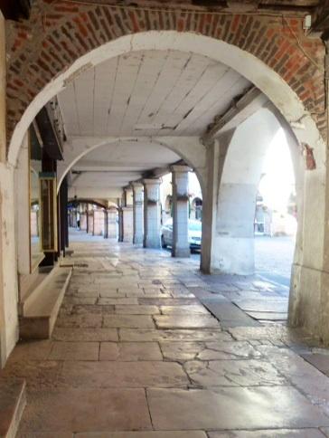 Louhans famous arcade arches
