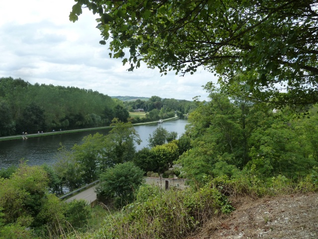Yonne river view from Bailly Cave