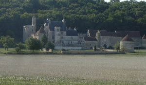 View of Château de Faulin from the canal.