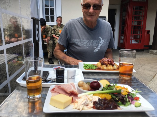 Pub lunch at the Plume of Feathers