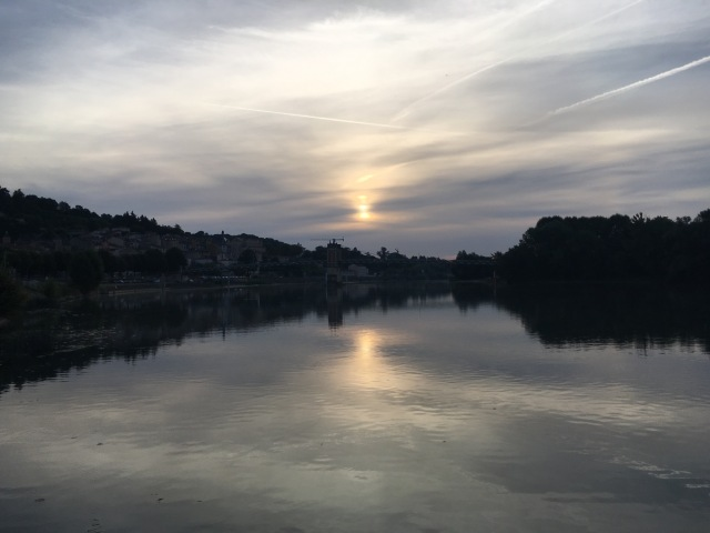 Early morning departure on the Saône